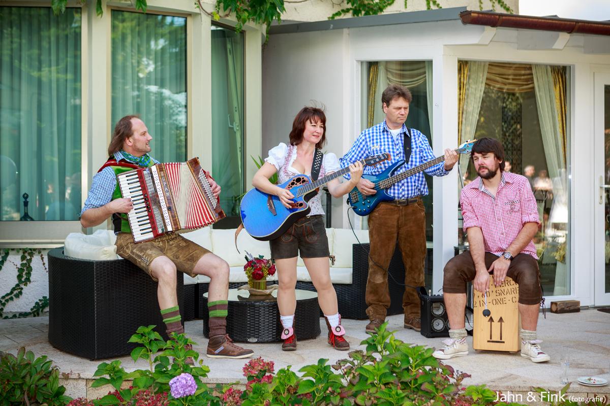 Stimmungsband Partyband Musikkapelle Vorwald Express Fur Party
